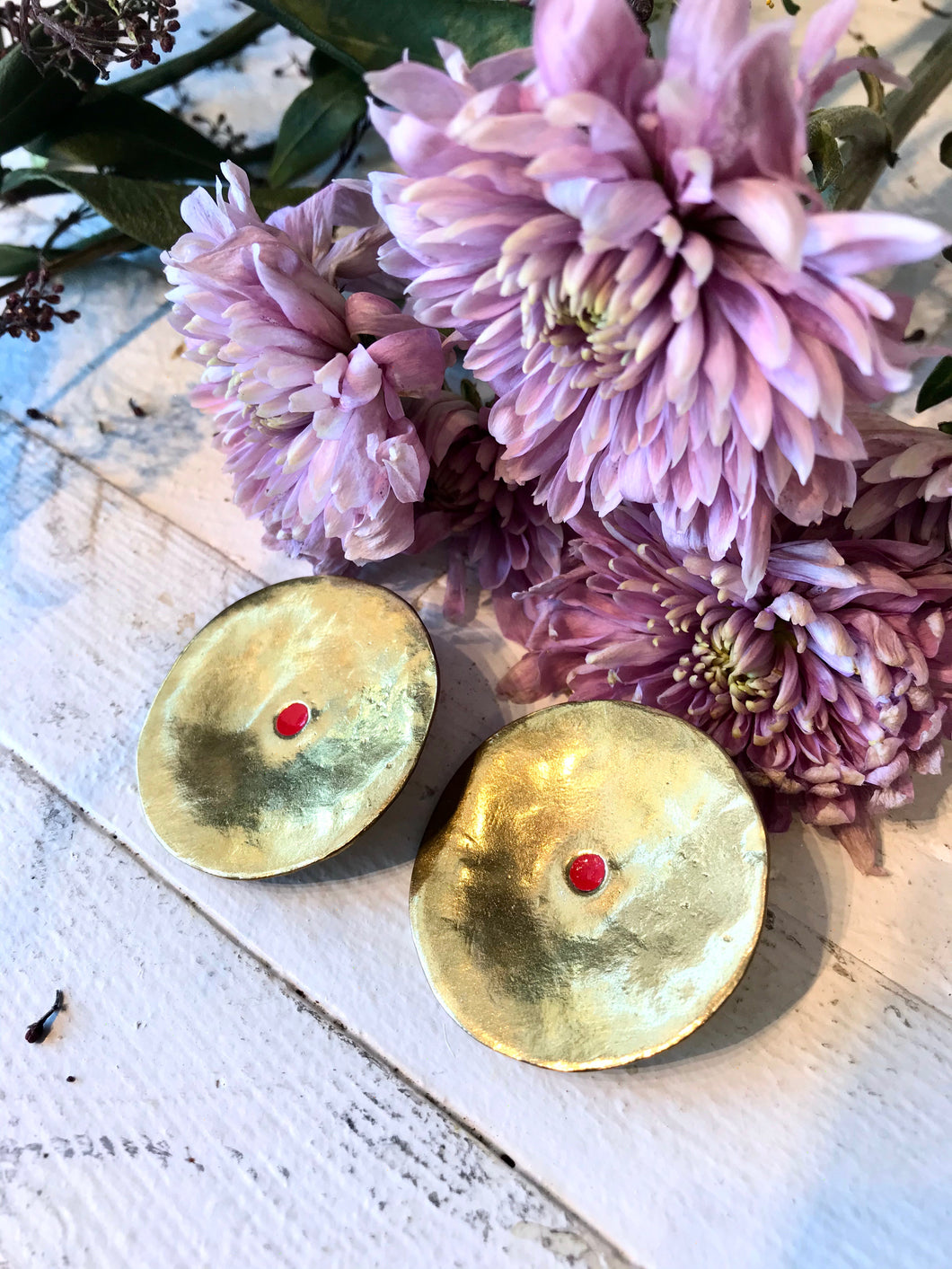 Ora C Isolde Earrings / Brass