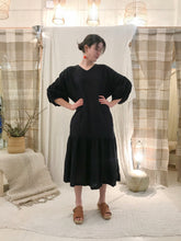 Black Crane Puff Dress / Tan