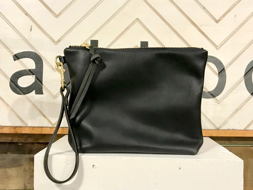 Eleven Thirty Hanna Large Clutch / Black