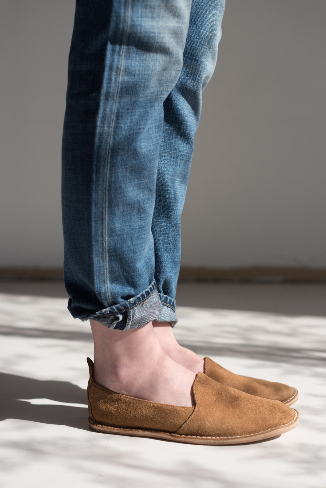 Vayarta Baja Suede Unisex Mocassin in Dune and Tan