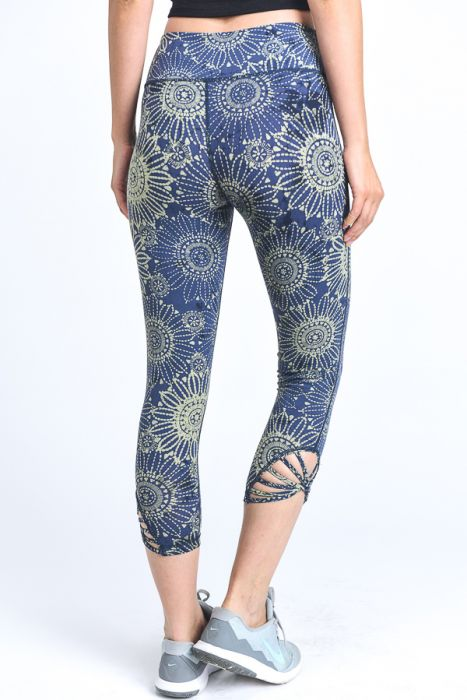 Mandala Bloom Capri Leggings