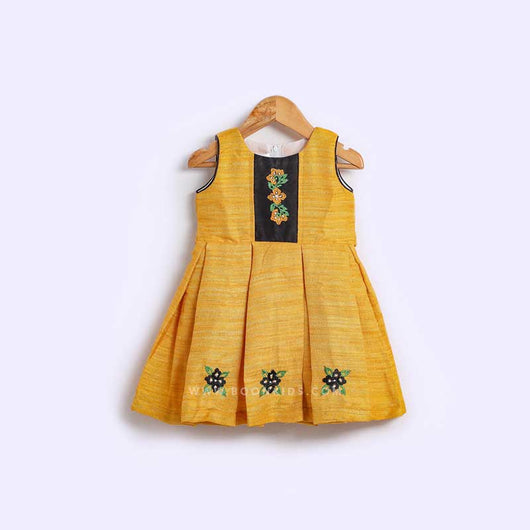 Embroidery  frock 04