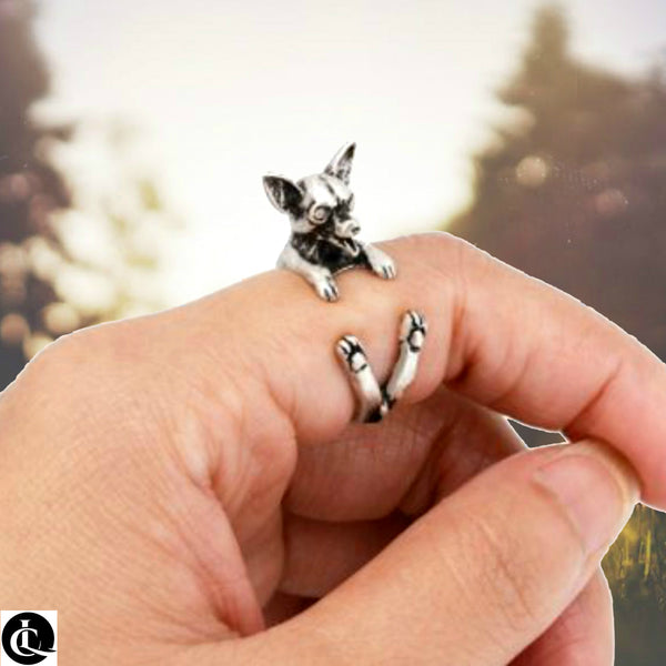 Snuggling Chihuahua Ring! Wear your pride!!