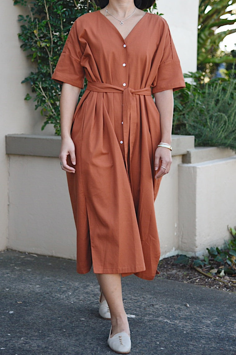 Natural v-neck dress