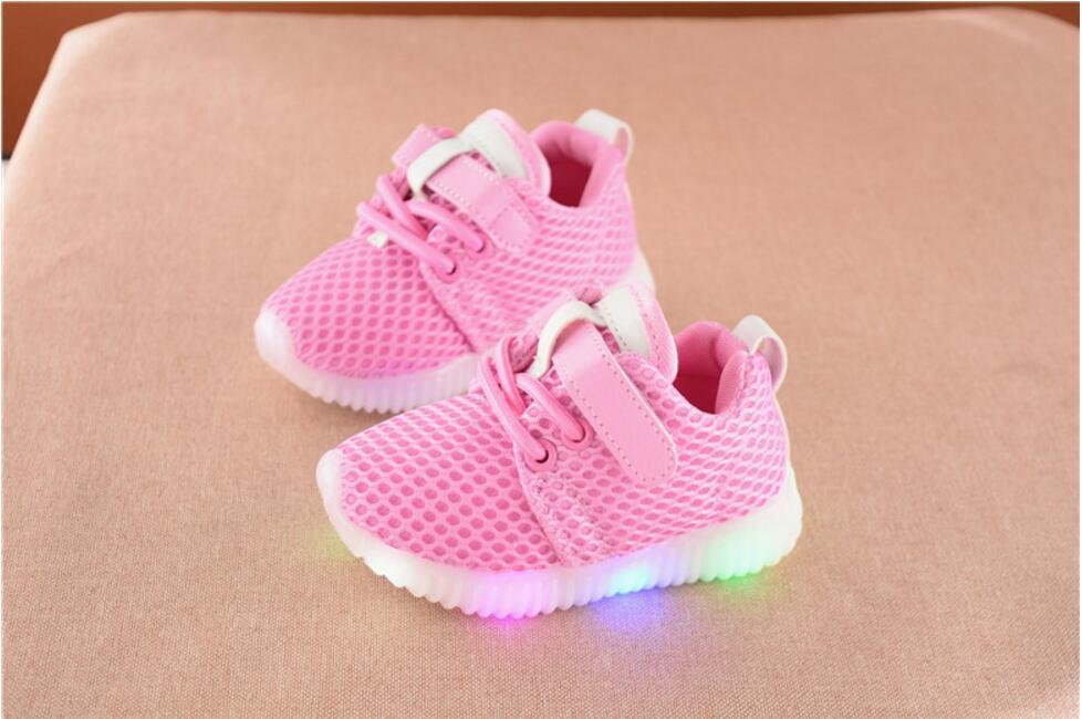 Led Flashing Airmesh Junior (2-7 years) - Mini Chic Outlet