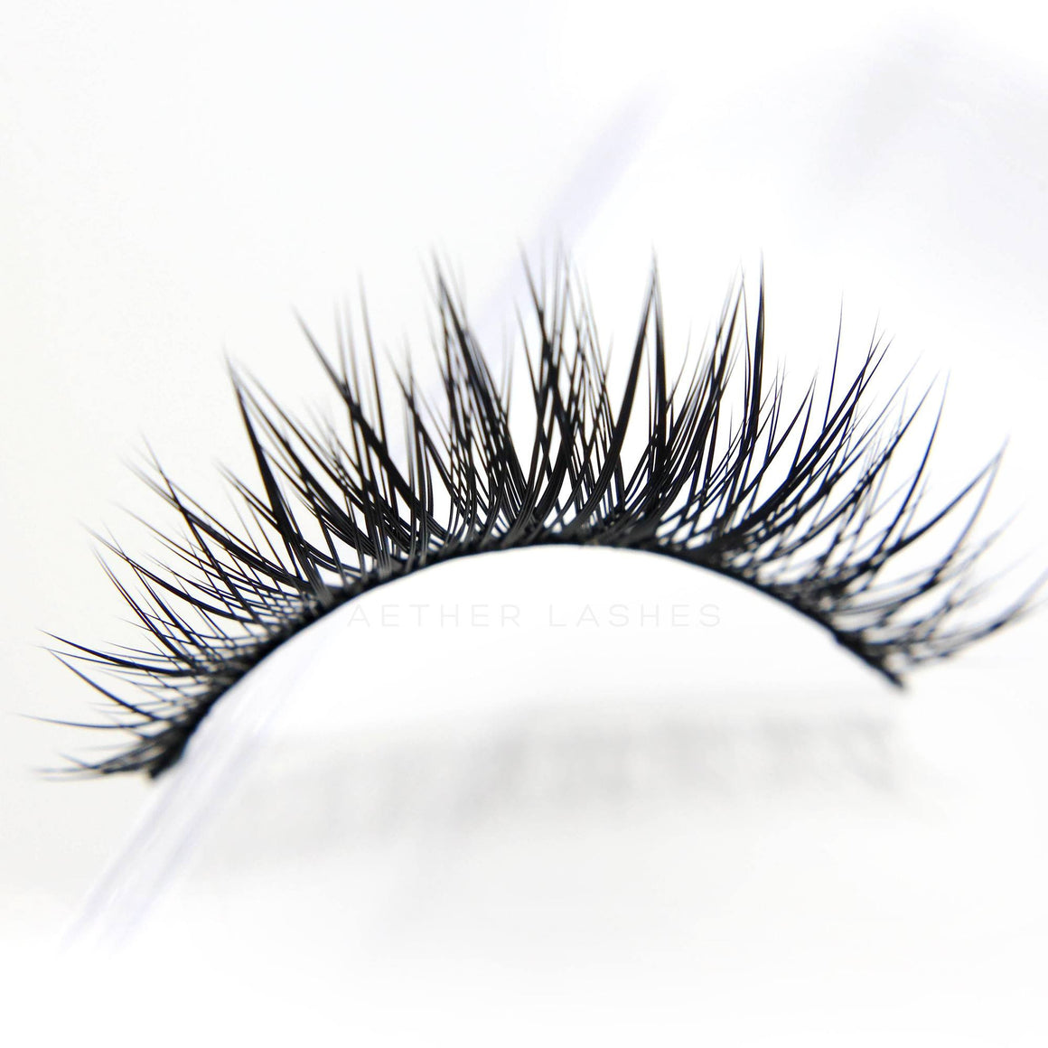 Premium Natural Lashes - DELPHINE