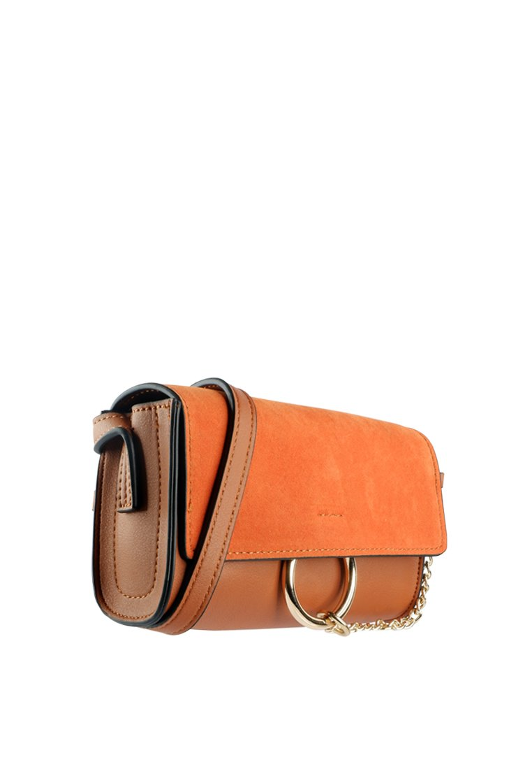 Casual Round Ring Chain Crossbody Bag - nose intl