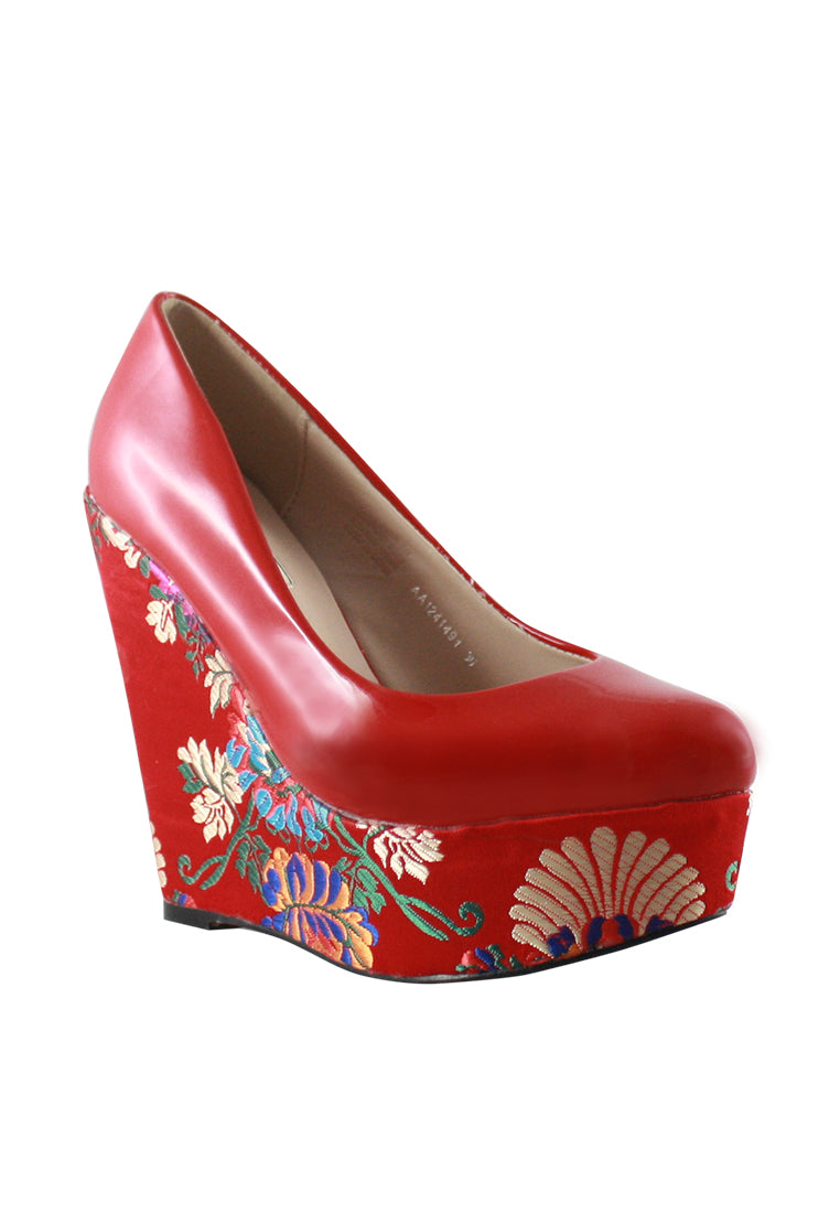 Oriental Embroidered Wedge Pump
