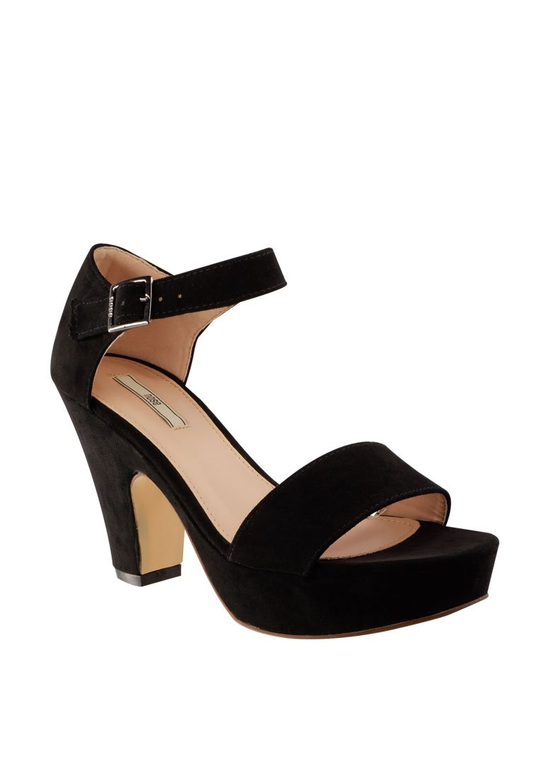 Ankle Strap Wedge Sandal - nose intl