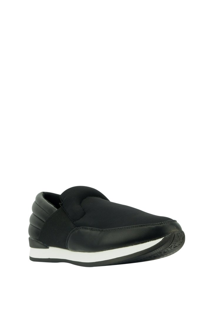 Casual Slip On Sneakers - nose intl