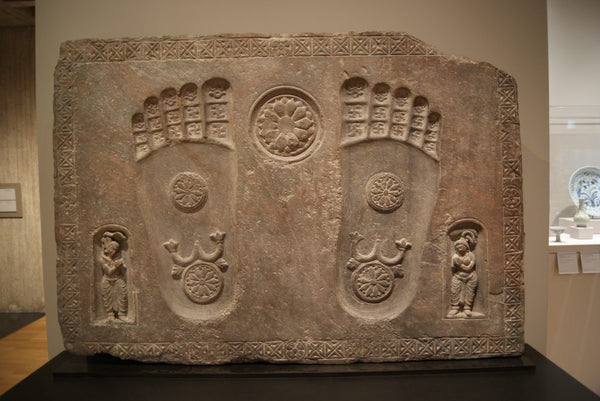 buddha foot prints