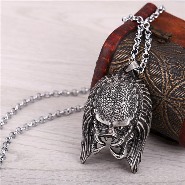 Alien V Predator Metal Pendant Necklace Alien Mask Cosplay Gifts Accessories