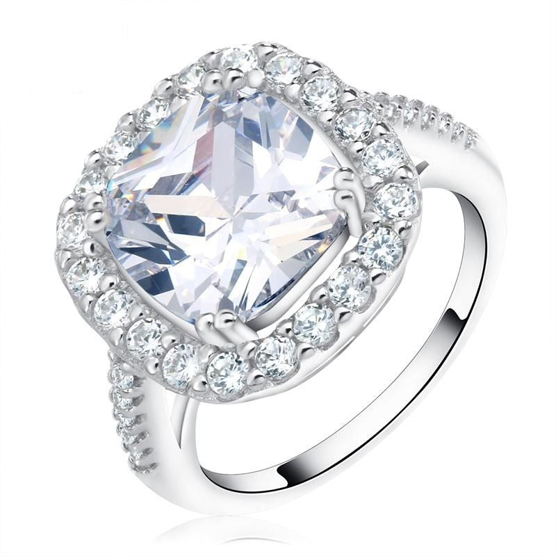 Cushion-Cut Queen Fashion Ring