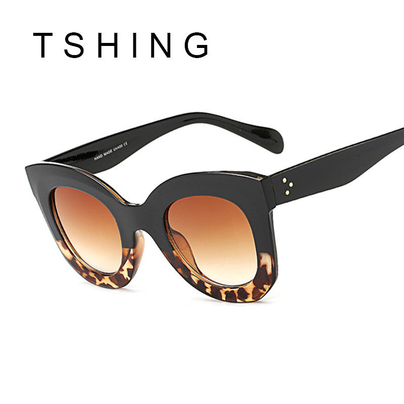 TSHING 2017 New Fashion Cat Eye Sunglasses Women Vintage Brand Designer Rivet Shades