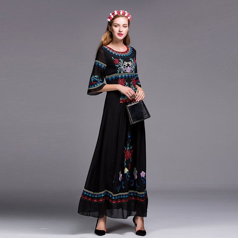 Bohemian/ Slavic Long Fashion Dress White / Black Embroidery Floor-Length Elegant Ethnic Dress