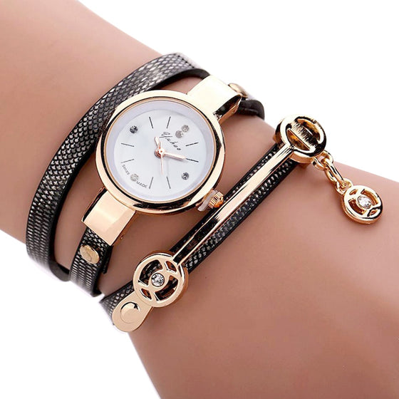 Trendy Multilayer Leather Strap Ladies Wristwatch