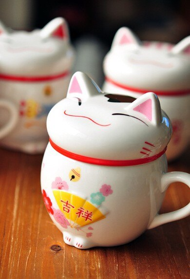 Maneki Neko Lucky Cat Ceramic Mug