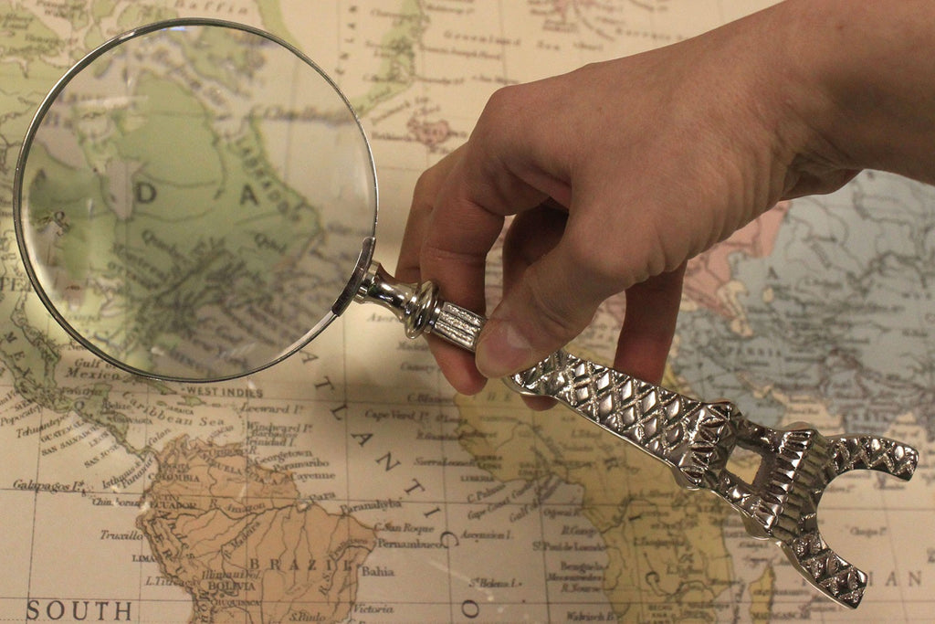 Vintage Magnifying Glasses - Eiffel Tower