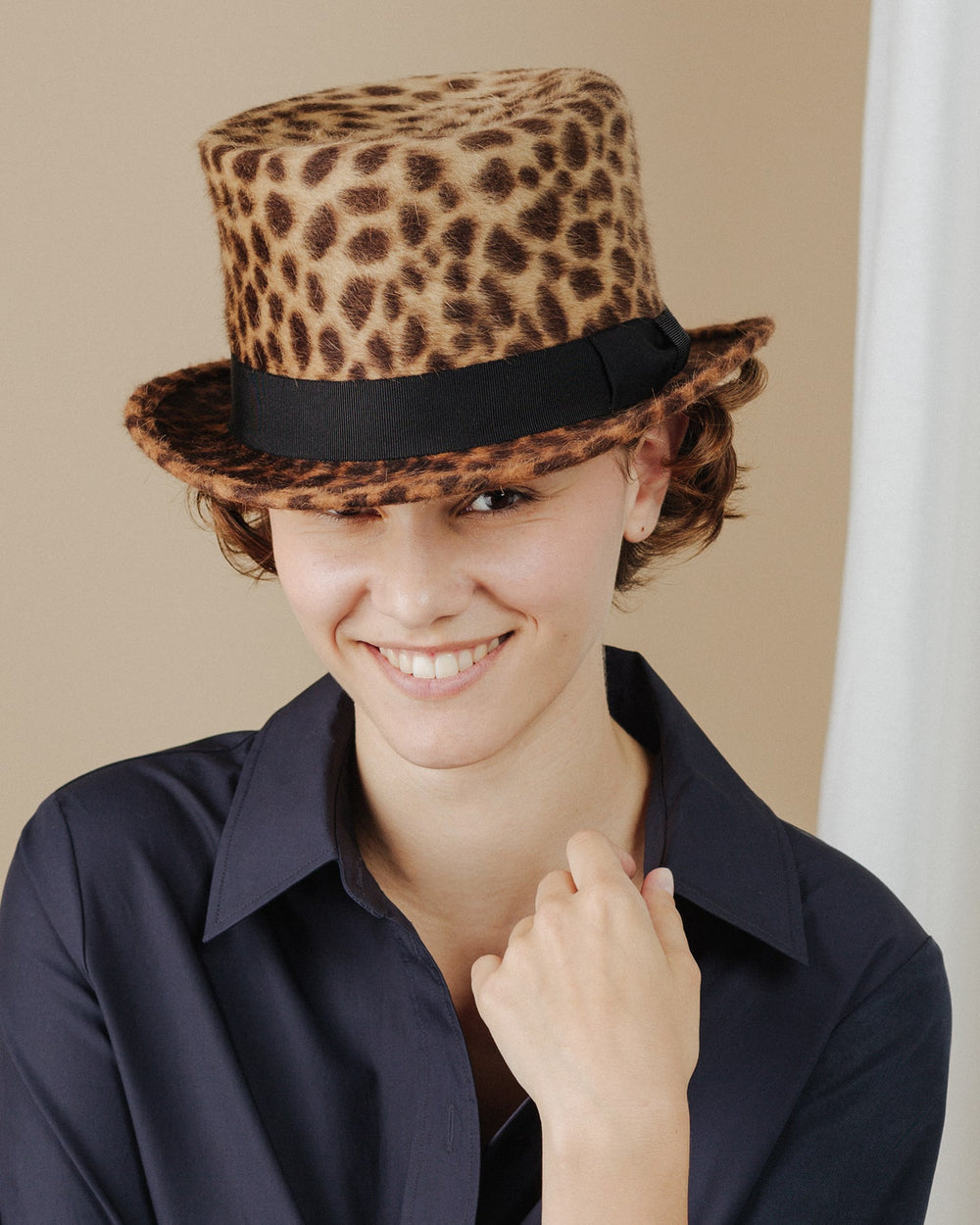 women wear leopard-print