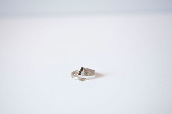 Seán Sugrue Goldsmith - Silver and Gold open Ring