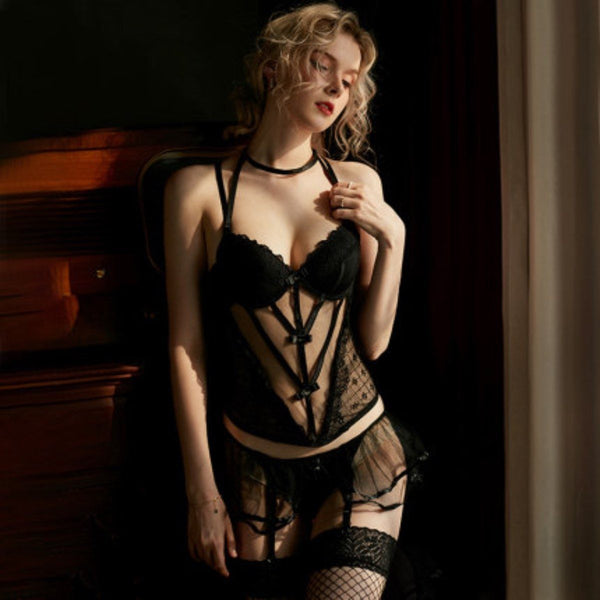 Lyon lingerie set Intimates LOVEFREYA