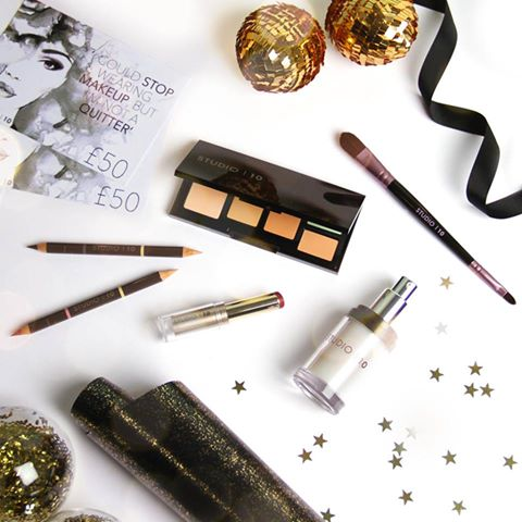12 of the BEST Festive Beauty Hacks