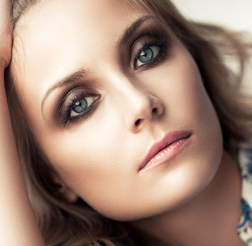 Party Beauty in a Flash - Smokey Eyes to Go!
