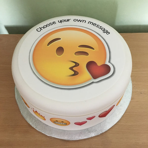 Emoji 05 Edible Icing Cake Topper Kiss