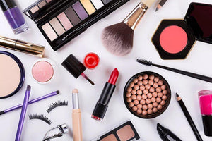 Natural Makeup and Cosmetics Brands Helping You Ditch Chemicals: Featuring Pure Anada and Elate Cosmetics | Waterlilies And Company
