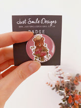 Bouquet Bear Badge