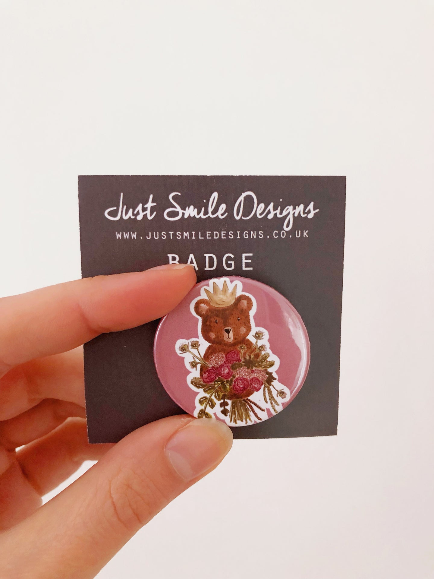 Bear with Bouquet badge