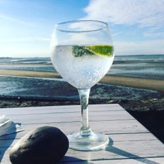 Wight Mermaids Gin - The Juniper Club October 2016 Gin of the Month