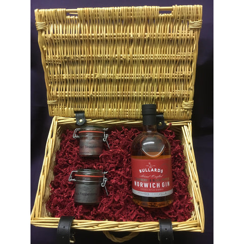 Bullards Strawberry and Black Pepper Gin Hamper