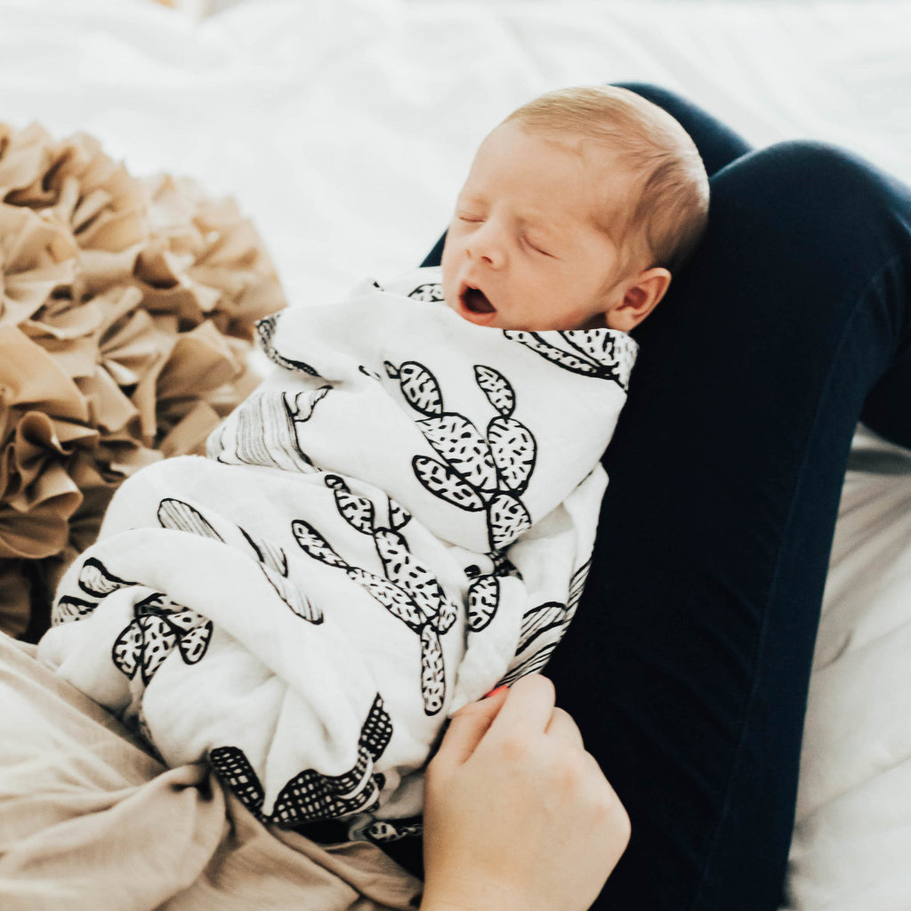 7 Products You ACTUALLY Need in Your Baby's First Year