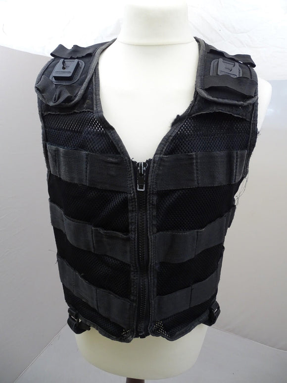 Protec Black Tactical Molle Vest plus 5 Pouches 3s Grade B