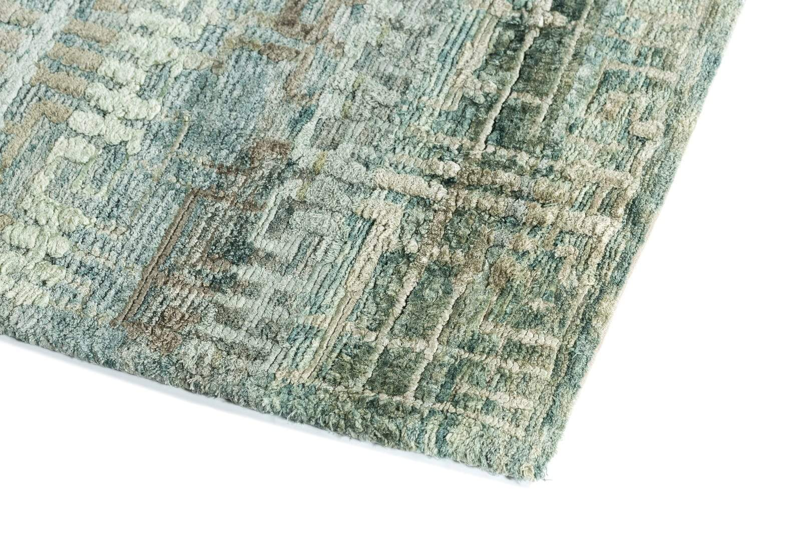 Detail shot of Artemis Lake, a hand knotted rug designed by Tufenkian Artisan Carpets.