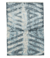 Trinity Blue 4x6 sample is a hand knotted 4 x 6 rug by Tufenkian