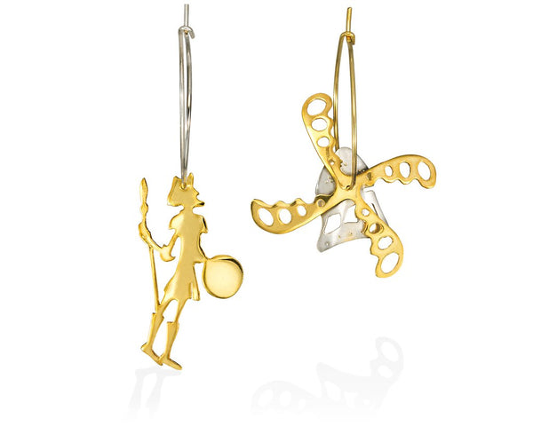 Hoop gold-plated silver earrings appearring Don Chichote and a windmill