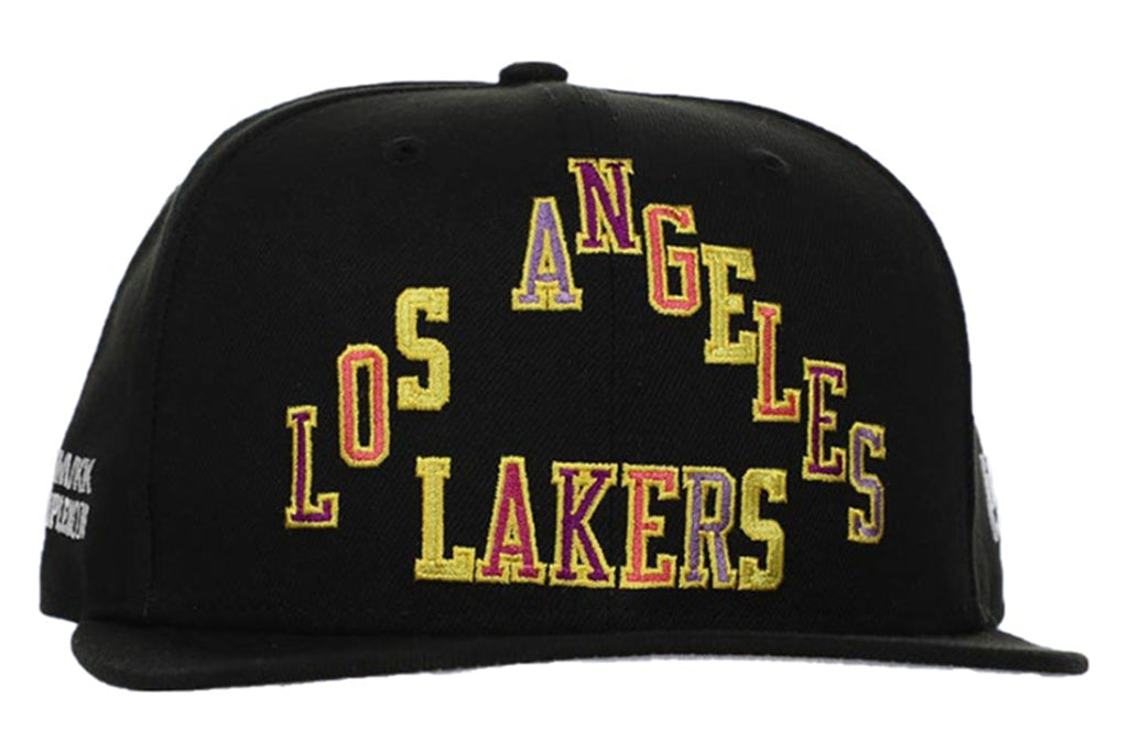 TAKASHI MURAKAMI COMPLEXCON LA LAKERS TRIANGLE HAT BLACK