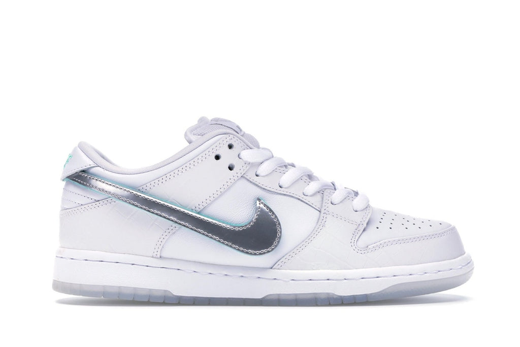 NIKE SB DUNK LOW DIAMOND SUPPLY CO WHITE