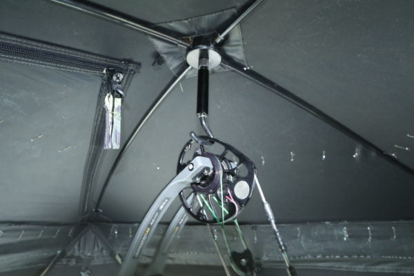 XENEK GROUND BLIND BOW HANGER