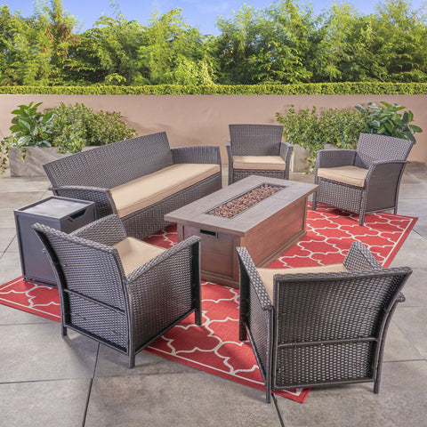 Outdoor 4-Seater Wicker Chat Set with Fire Pit - NH824503