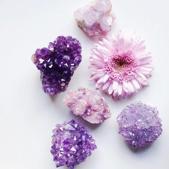 How can you use crystals to practice mindfulness?