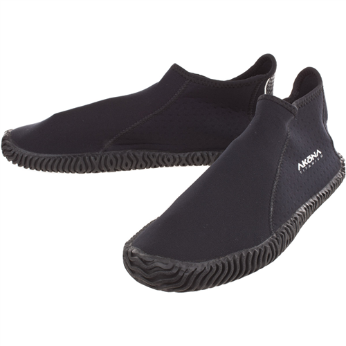 Akona Adult Water Shoe (Sizes 4-13)