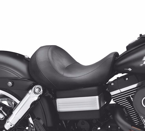 Super Reduced Reach® Solo Seat for Dyna® Models