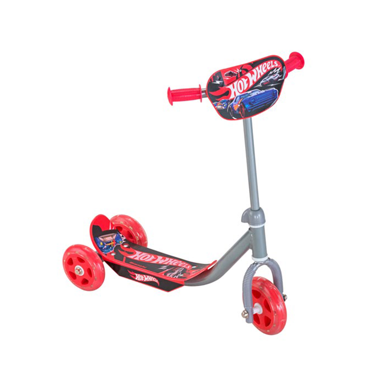 Scooter Hot Wheels 3 ruedas rojo