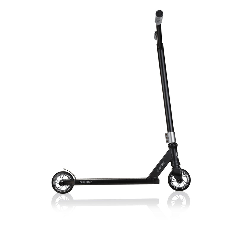 SCOOTER AGRESIVO GS 720 BLACK/GREY, +8 HASTA 100KG.