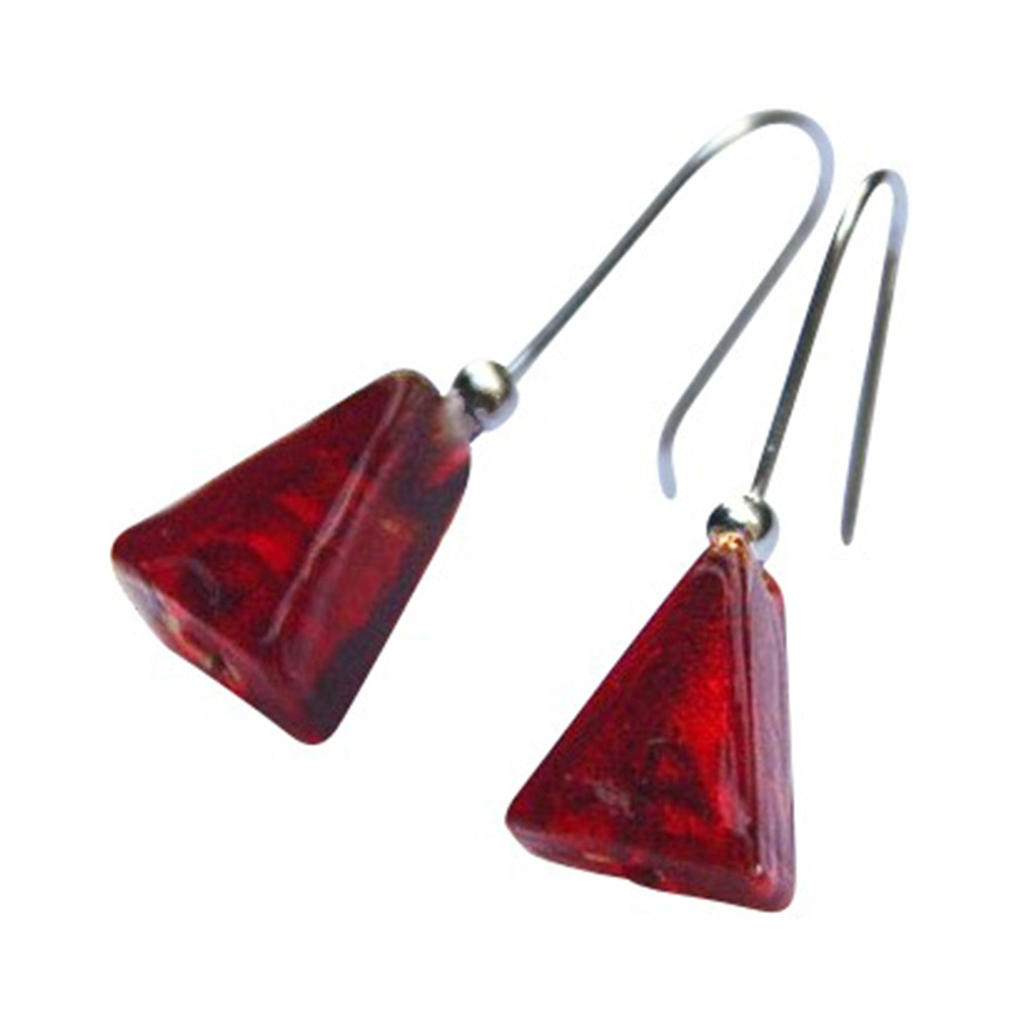 La Foglia D'Oro: Triangle Glass & Silver Earrings - Red