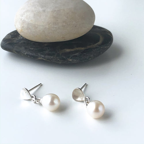 Freshwater Pearl and Water Drop Stud Earrings