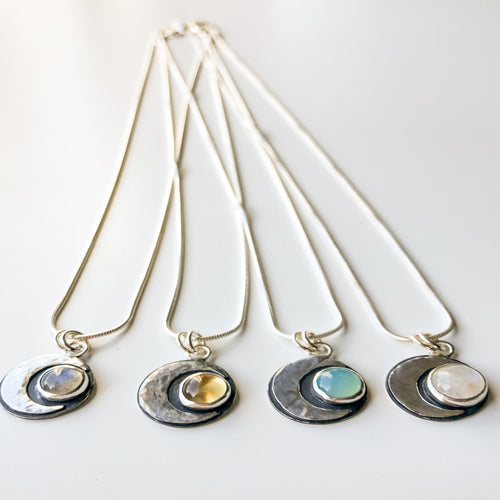 Silver_Crescent_Moon_Gemstone_Pendants